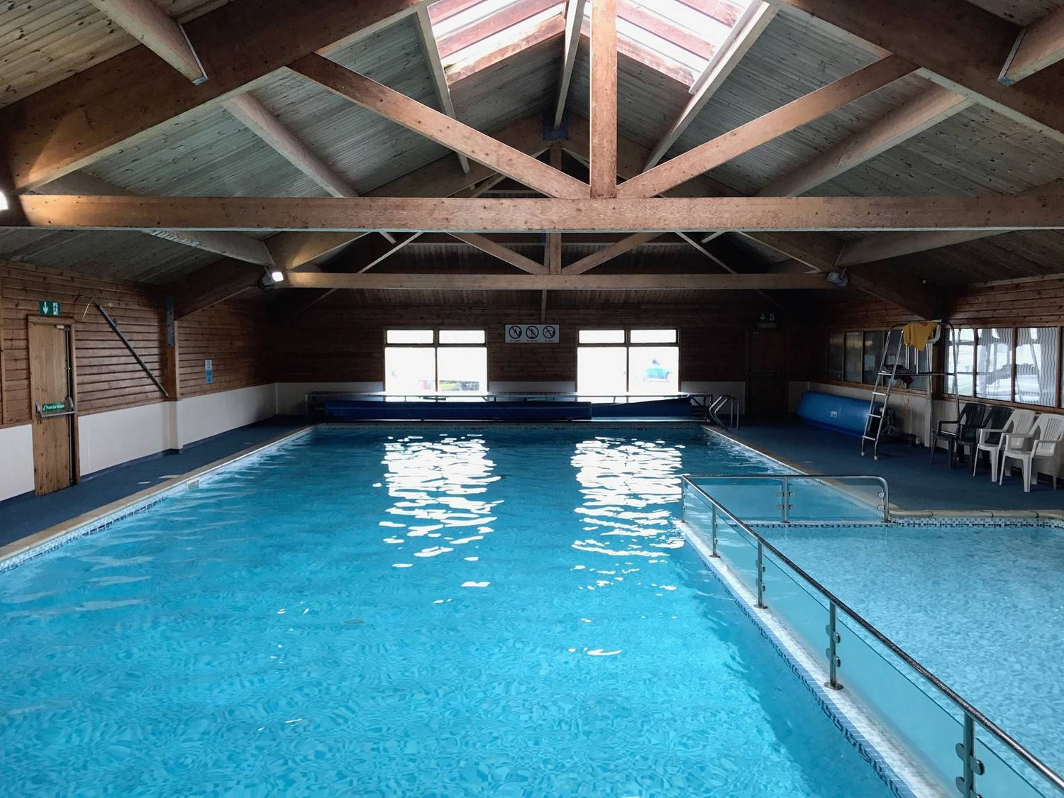 Sunnysands Caravan Park Indoor Heated Swimming Pool